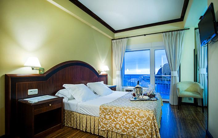 Hotel 121