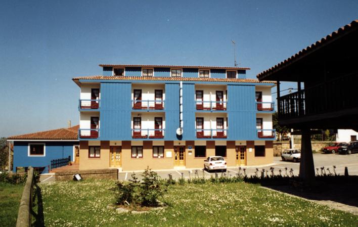 Hotel 363