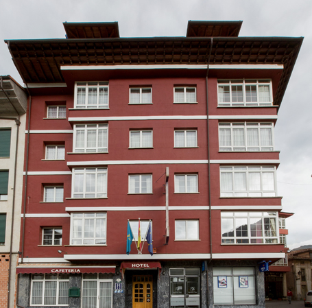 Hotel 242