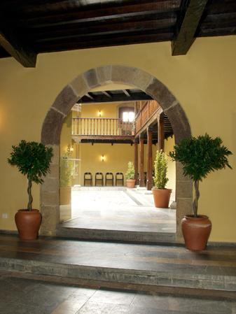 Hotel 112