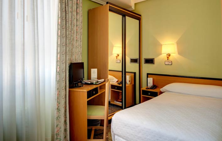 Hotel 315