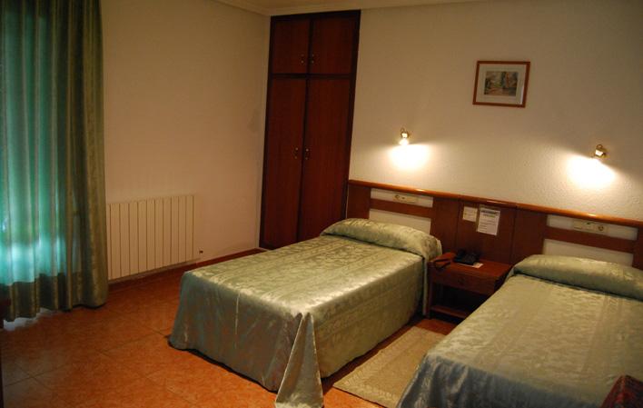 Hotel 287