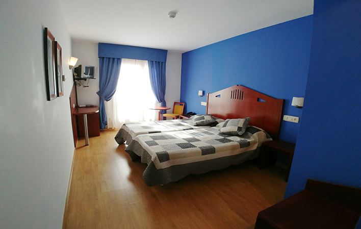 Hotel 326