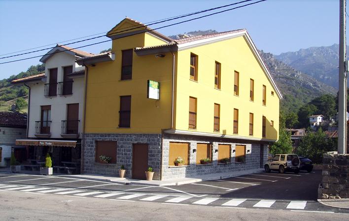 Hotel 335