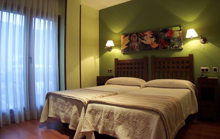 Hotel 338