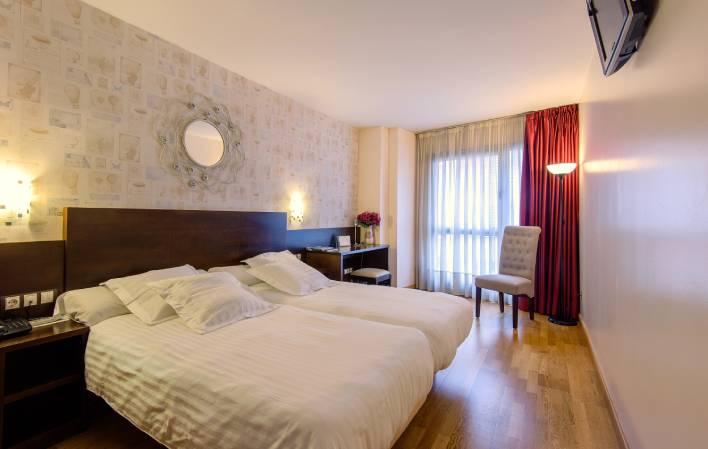 Hotel 127