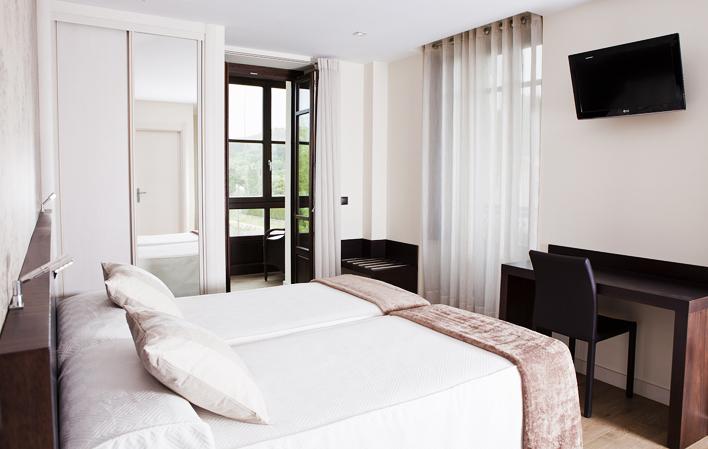 Hotel 299