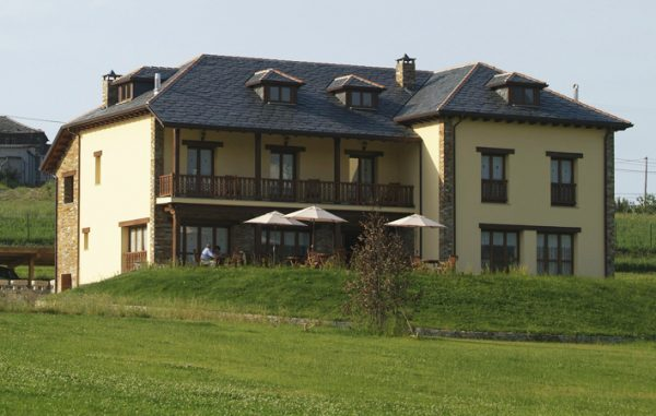 Hotel Rural 83