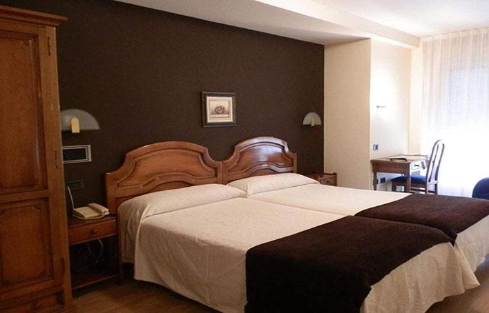 Hotel 306