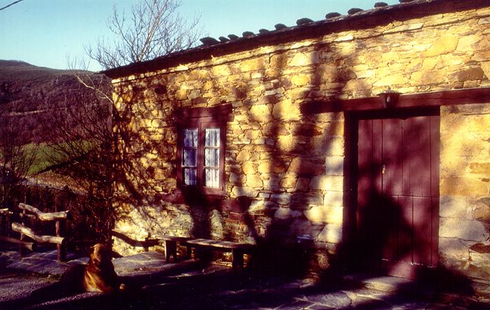 Casa de aldea 577