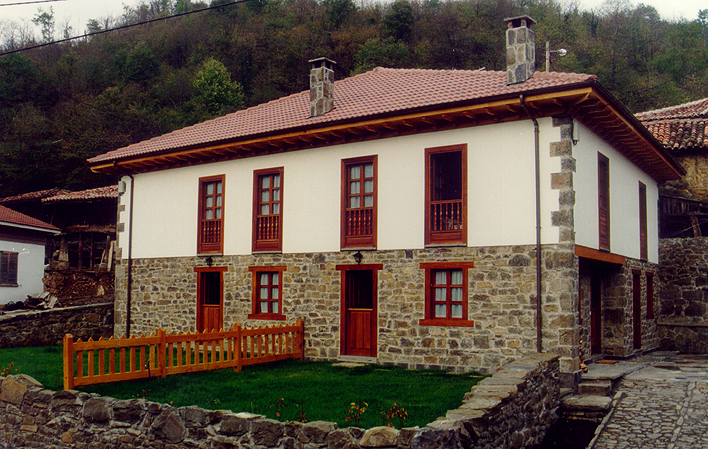Casa de aldea 664