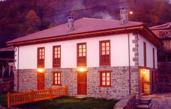 Casa de aldea 658