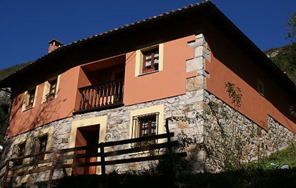 Casa de aldea 590