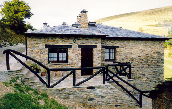 Casa de aldea 628