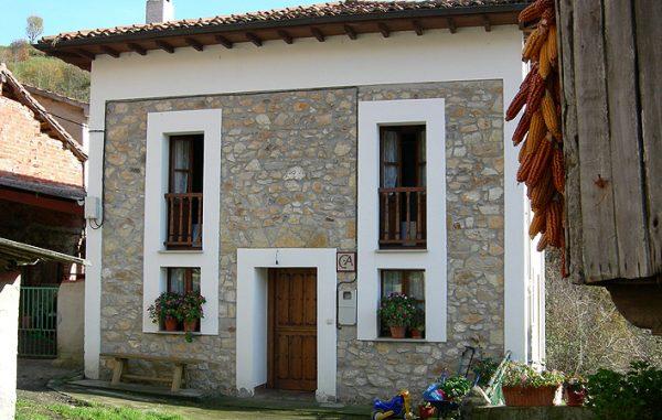 Casa de aldea 528
