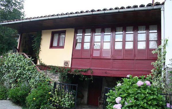 Casa de aldea 523
