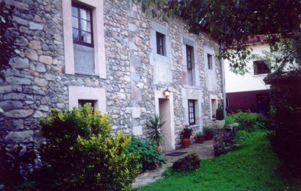 Casa de aldea 681