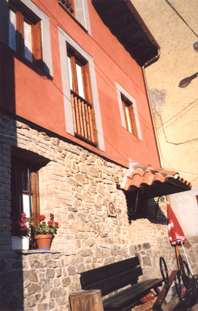 Casa de aldea 708