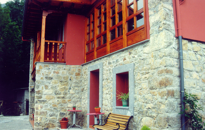 Casa de aldea 702