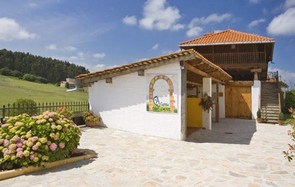 Casa de aldea 627