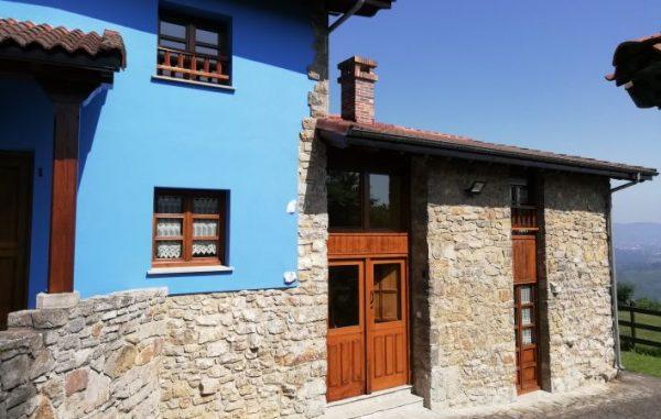 Casa de aldea 561