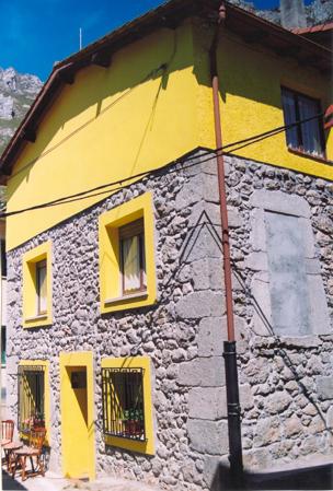 Casa de aldea 709
