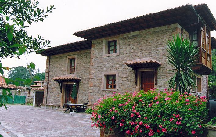 Casa de aldea 570