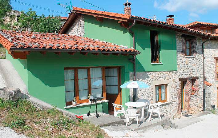 Casa de aldea 618