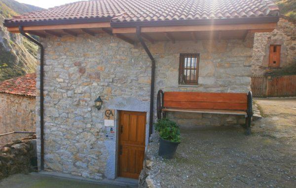 Casa de aldea 573
