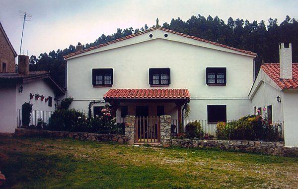 Casa de aldea 670