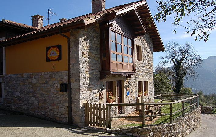 Casa de aldea 455