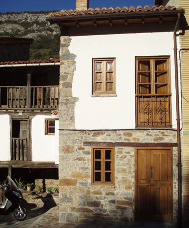 Casa de aldea 471