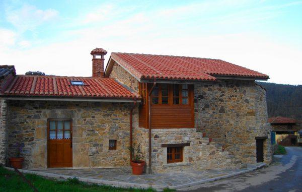Casa de aldea 483