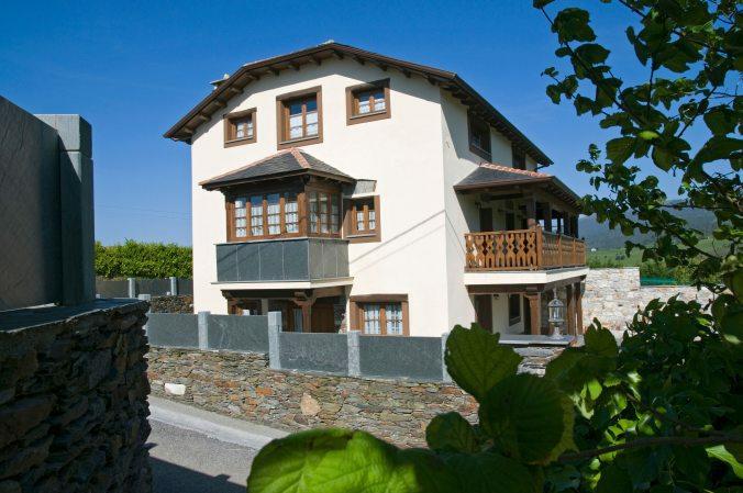 Casa de aldea 478