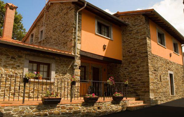 Casa de aldea 438