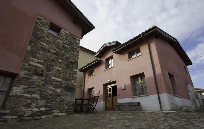 Casa de aldea 556