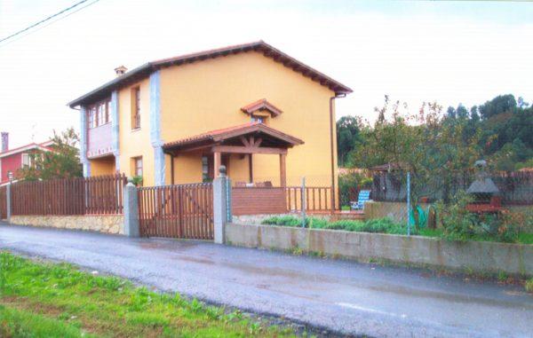 Casa de aldea 481