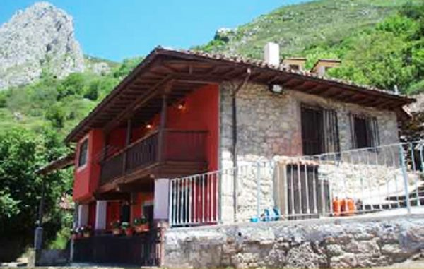 Casa de aldea 687