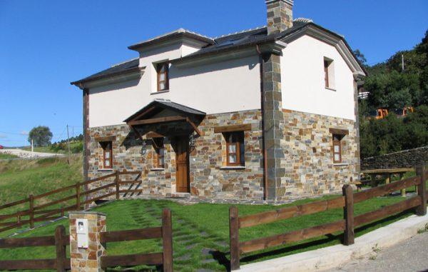 Casa de aldea 549