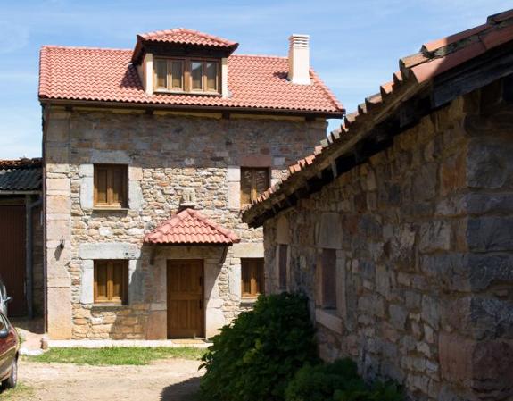 Casa de aldea 465