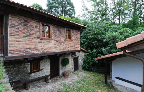 Casa de aldea 495