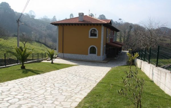 Casa de aldea 453