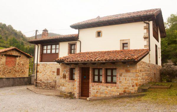 Casa de aldea 436