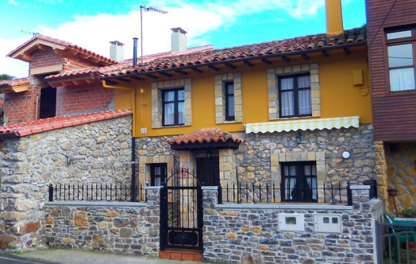Casa de aldea 673