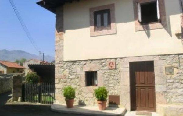 Casa de aldea 527