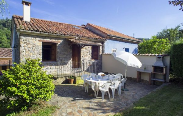 Casa de aldea 711