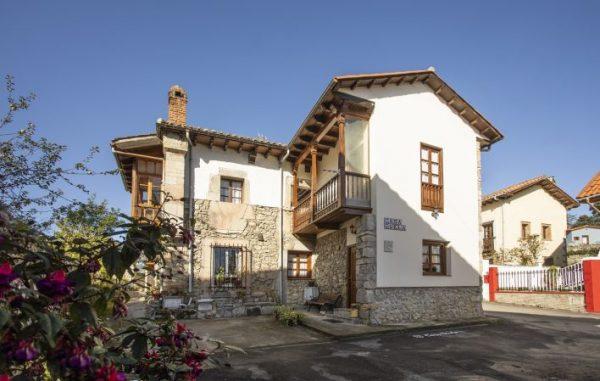 Casa de aldea 668